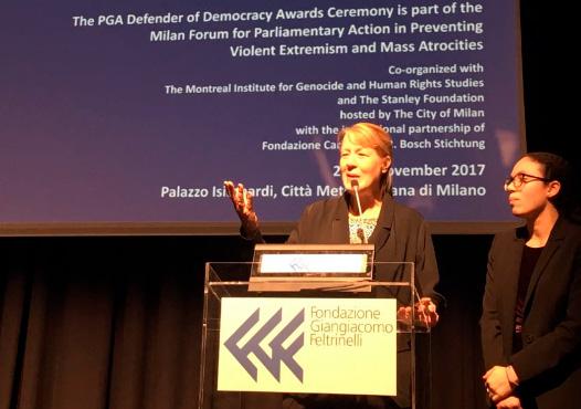 Stolbizer en Milan: Nada justifica los crímenes, rechazamos la violencia de cualquier forma y trabajamos por un mundo en paz como condición para el desarrollo de los pueblos